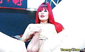 Red head trans gender masturbating
